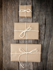 DIY wrapping ready to personalize - free!