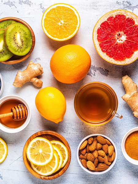 Eating foods rich in antioxidants and drinking tisanes and teas with plenty of antioxidants are essential actions to take to keep your body strong, healthy, and able to fend off disease.