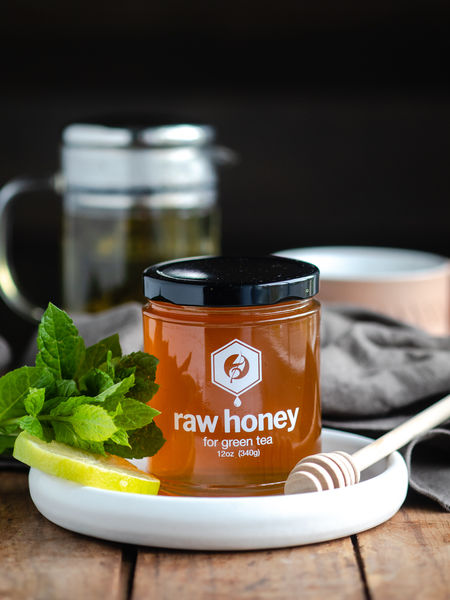 Our Raw Honey for Green tea is a specially selected variety of Goldenrod Honey. With its light, gently sweet floral profile it enhances your tea drinking experience and is perfect for both green and white teas.